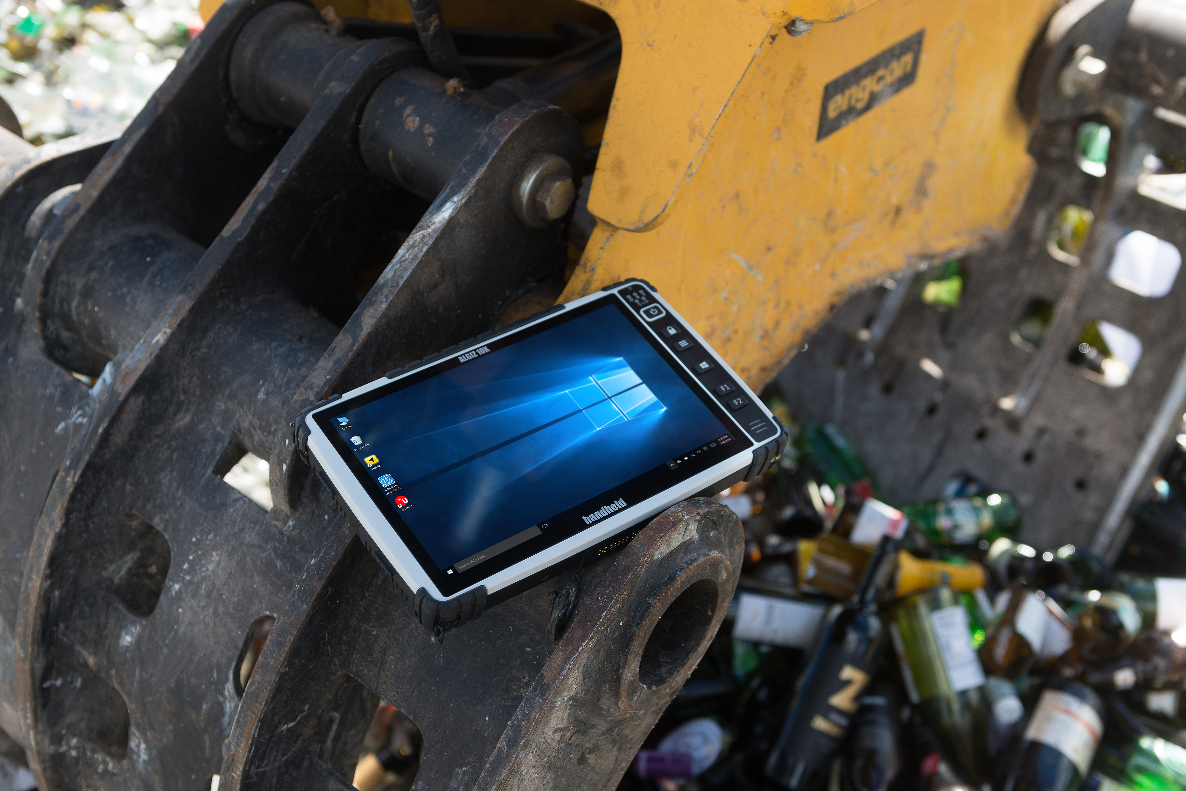 Algiz-10X-rugged-capacitive-tablet-recycling.jpg