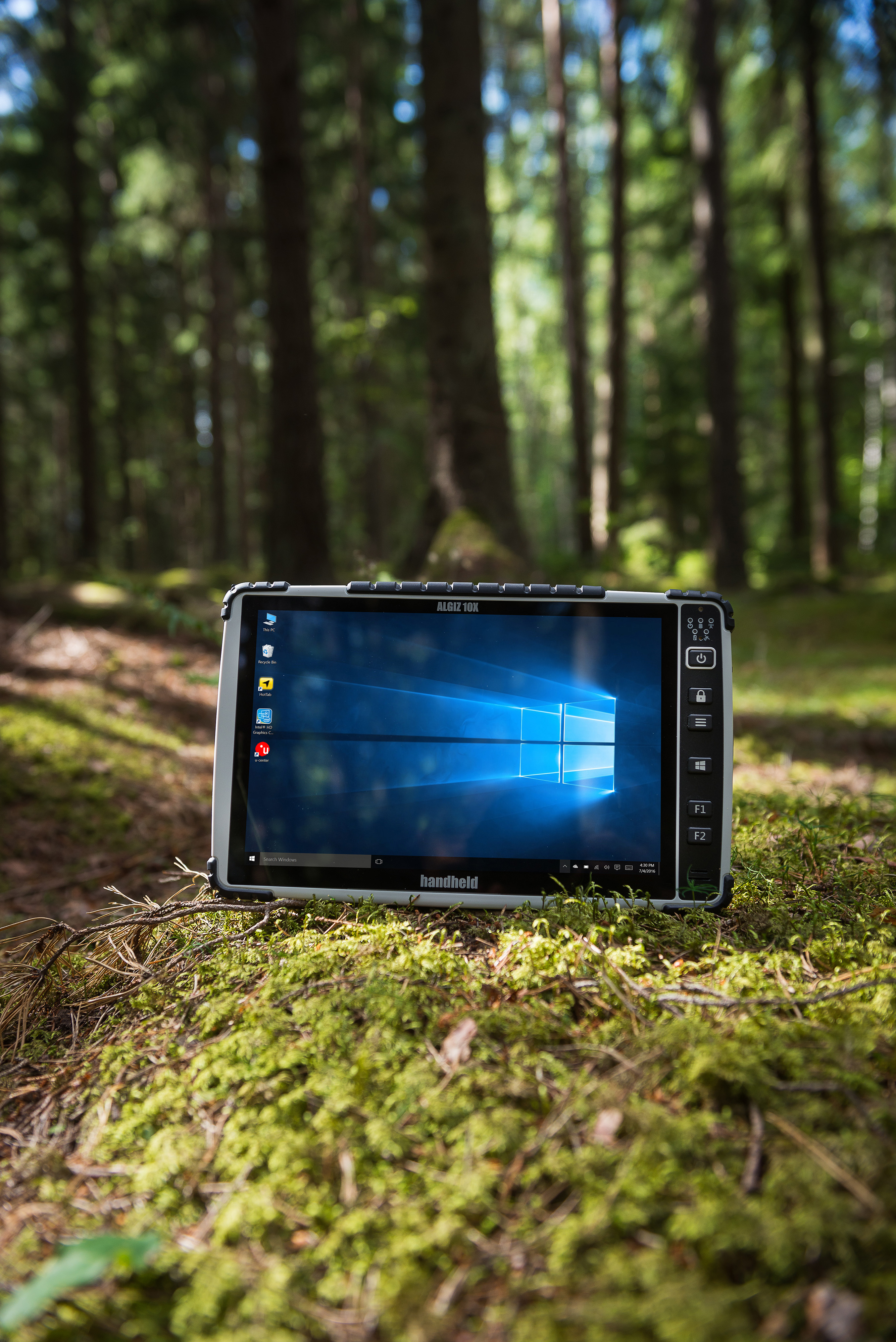 Algiz-10X-rugged-outdoor-PCAP-tablet.jpg