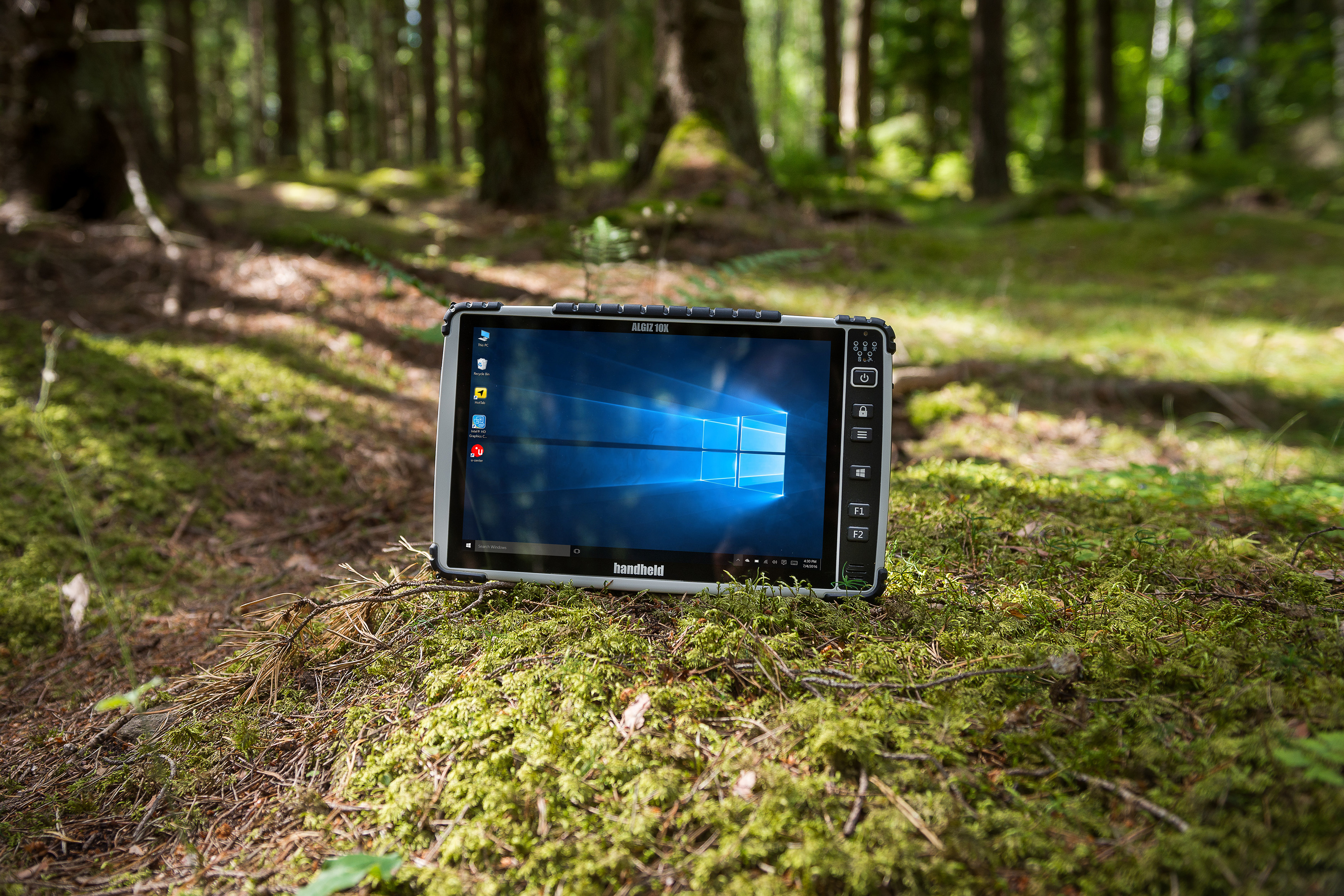 Algiz-10X-rugged-tablet-PCAP-screen.jpg